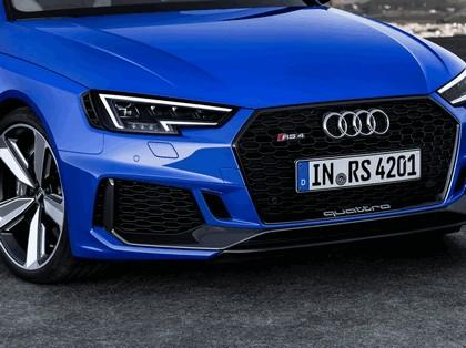2017 Audi RS 4 Avant 14