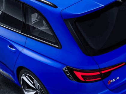 2017 Audi RS 4 Avant 17