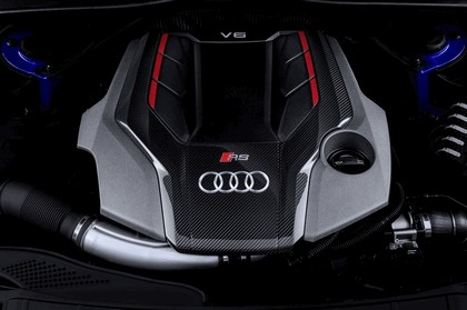 2017 Audi RS 4 Avant 21