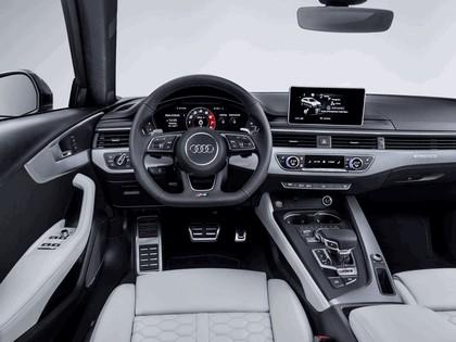 2017 Audi RS 4 Avant 24