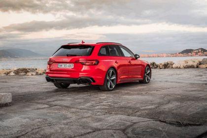 2017 Audi RS 4 Avant 47