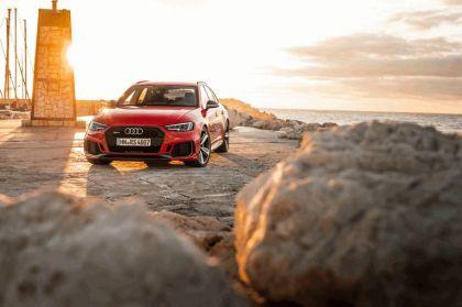 2017 Audi RS 4 Avant 48