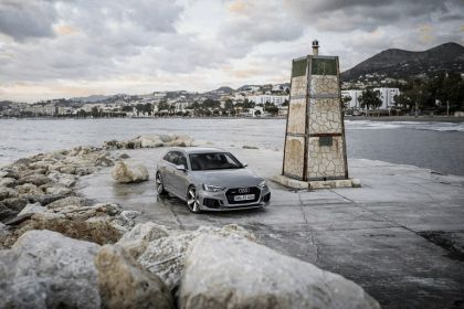 2017 Audi RS 4 Avant 53