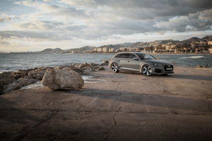 2017 Audi RS 4 Avant 54