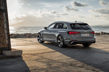 2017 Audi RS 4 Avant 55