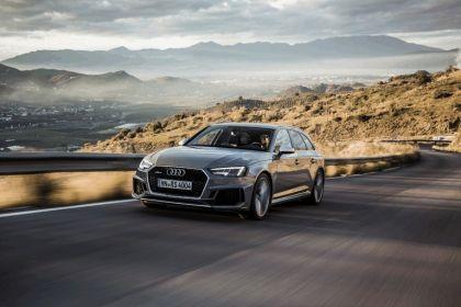 2017 Audi RS 4 Avant 59