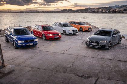 2017 Audi RS 4 Avant 62