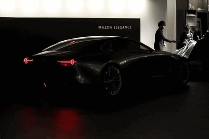 2017 Mazda Vision coupé concept 27