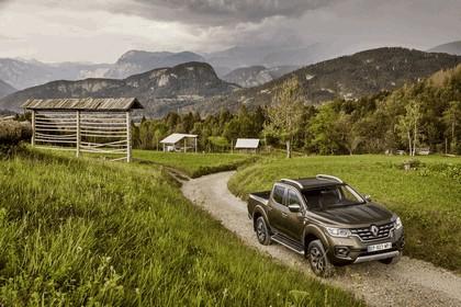 2017 Renault Alaskan 35