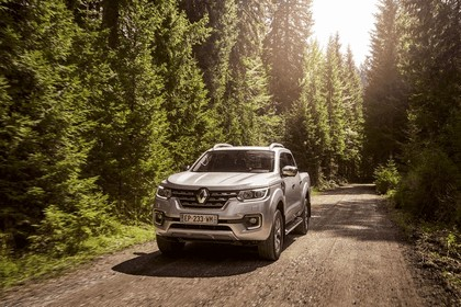 2017 Renault Alaskan 46