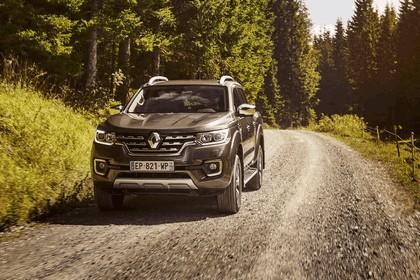 2017 Renault Alaskan 49