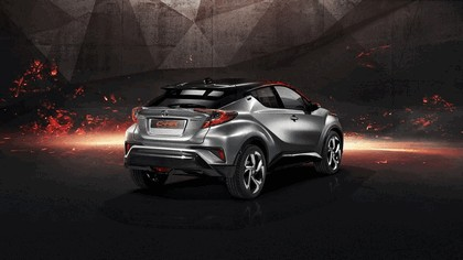 2017 Toyota C-HR Hy-Power concept 2