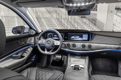 2019 Mercedes-Benz S 560e 27