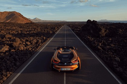 2018 BMW i8 roadster 20