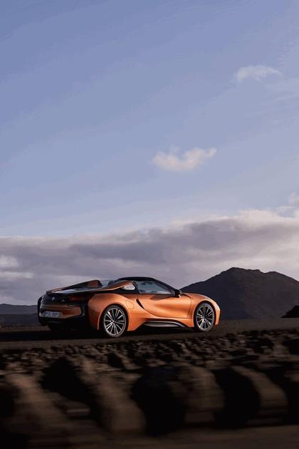 2018 BMW i8 roadster 21