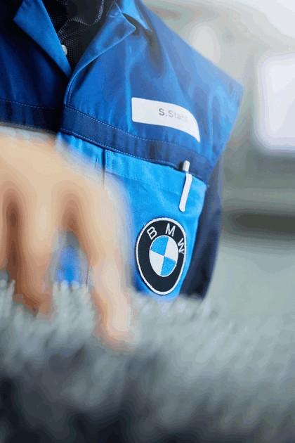 2018 BMW i8 roadster 32