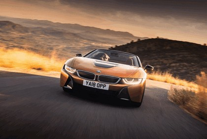 2018 BMW i8 roadster 60