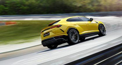 2018 Lamborghini Urus 9