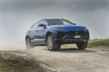2018 Lamborghini Urus 33