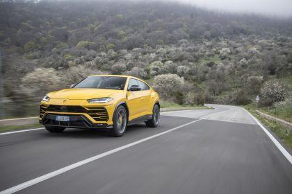 2018 Lamborghini Urus 50