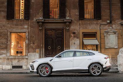 2018 Lamborghini Urus 100
