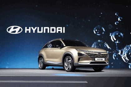 2017 Hyundai Next-Gen Fuel Cell SUV concept 1