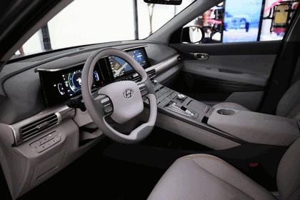2017 Hyundai Next-Gen Fuel Cell SUV concept 6