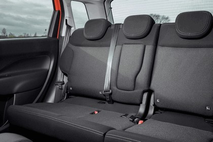 2017 Fiat 500L - UK version 79