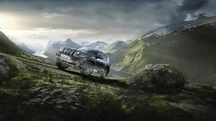2017 Toyota Land Cruiser 19