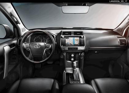 2017 Toyota Land Cruiser 23