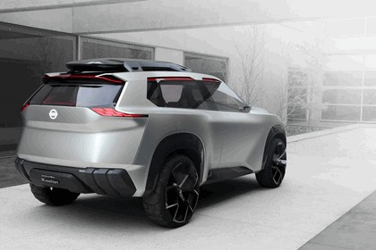 2018 Nissan Xmotion concept 17