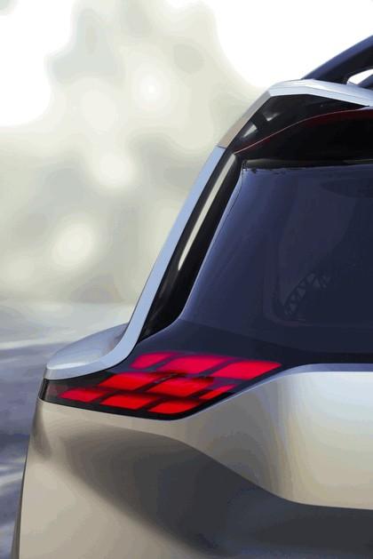 2018 Nissan Xmotion concept 30