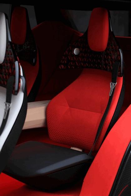 2018 Nissan Xmotion concept 36