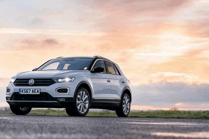 2018 Volkswagen T-Roc - UK version 42