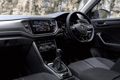 2018 Volkswagen T-Roc - UK version 60
