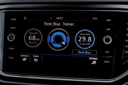 2018 Volkswagen T-Roc - UK version 82