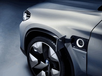 2018 BMW Concept iX3 14