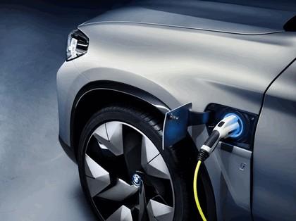 2018 BMW Concept iX3 15