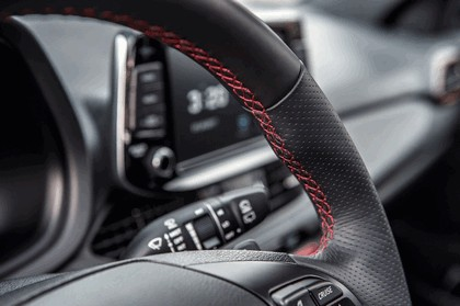 2018 Hyundai Elantra GT Sport 32