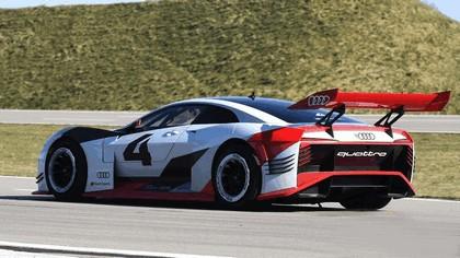 2018 Audi e-tron Vision Gran Turismo 4