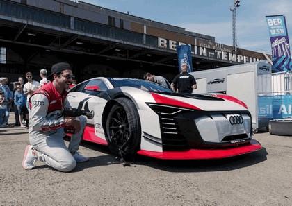2018 Audi e-tron Vision Gran Turismo 45
