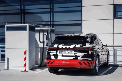2018 Audi e-tron prototype 15