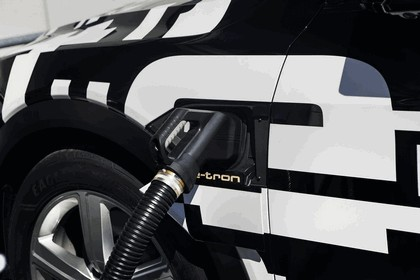 2018 Audi e-tron prototype 18