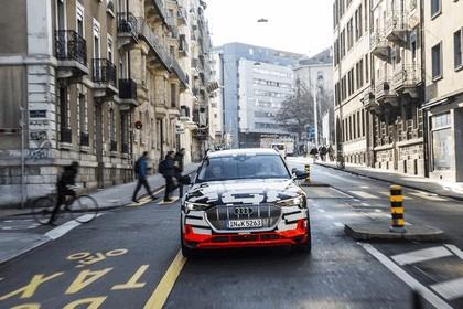 2018 Audi e-tron prototype 28