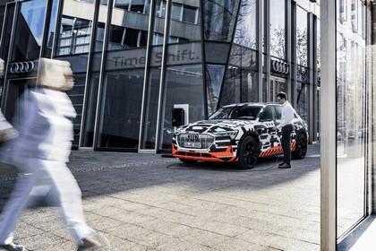 2018 Audi e-tron prototype 36