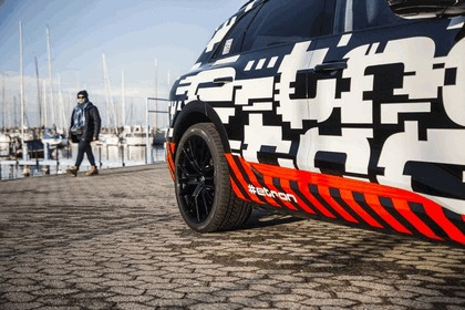 2018 Audi e-tron prototype 39