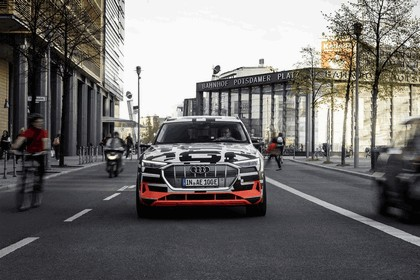 2018 Audi e-tron prototype 59