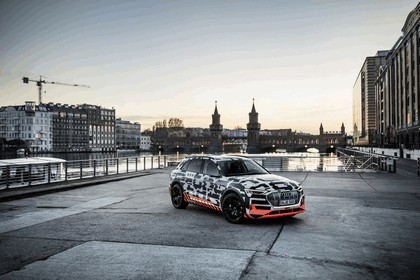 2018 Audi e-tron prototype 70