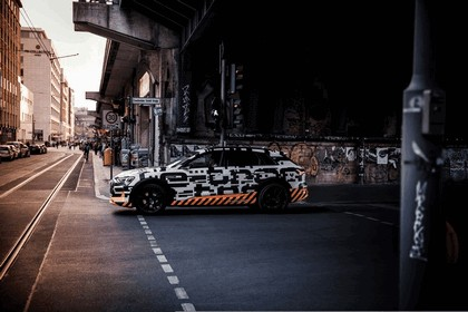 2018 Audi e-tron prototype 78