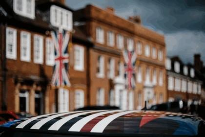 2018 Mini Cooper S - royal wedding edition 31